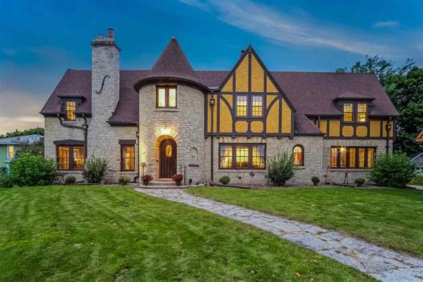 2 story, Tudor/Provincial - Columbus, WI (photo 1)