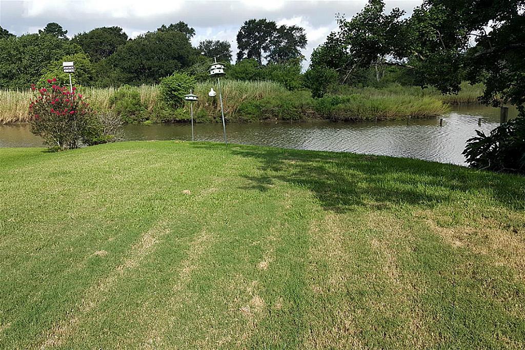 Cross Property - League City, TX (photo 3)