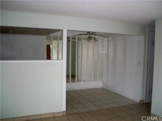 Condominium - Riverside, CA (photo 2)