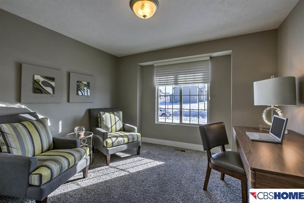 Attached Housing, Ranch - Plattsmouth, NE (photo 3)