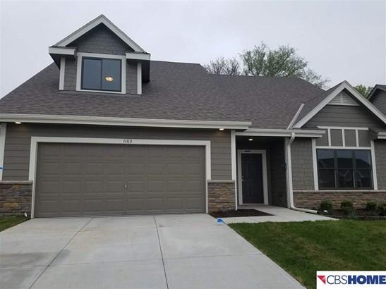 1.5 Story, Detached Housing - Blair, NE (photo 2)
