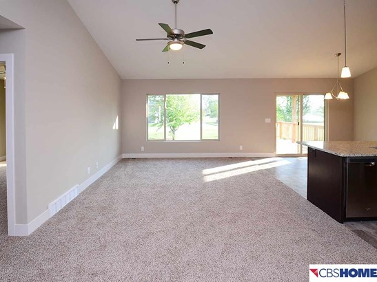 Attached Housing, Ranch - Plattsmouth, NE (photo 5)