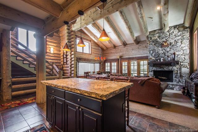 Once-in-a-Lifetime Opportunity to Own the Perfect Ski-In/Ski-Out Deer Valley Legacy Property. (photo 4)