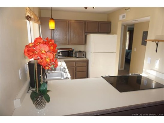 The most affordable 2 bedroom condo in Park City! (photo 4)