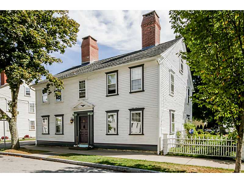 Colonial, Cross Property - North Kingstown, RI (photo 1)