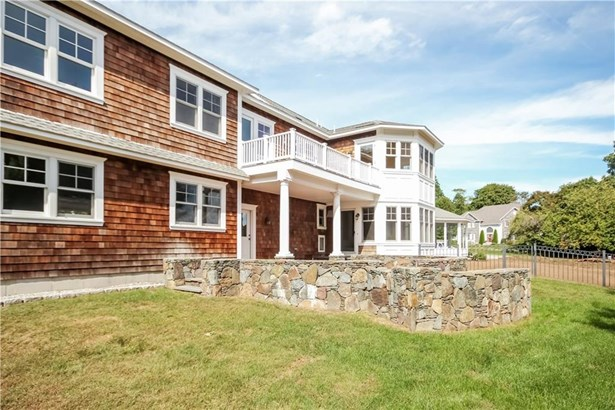 Cross Property, Colonial,Contemporary - Warwick, RI (photo 2)