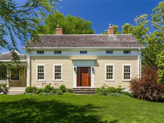 Colonial, Cross Property - Little Compton, RI (photo 2)