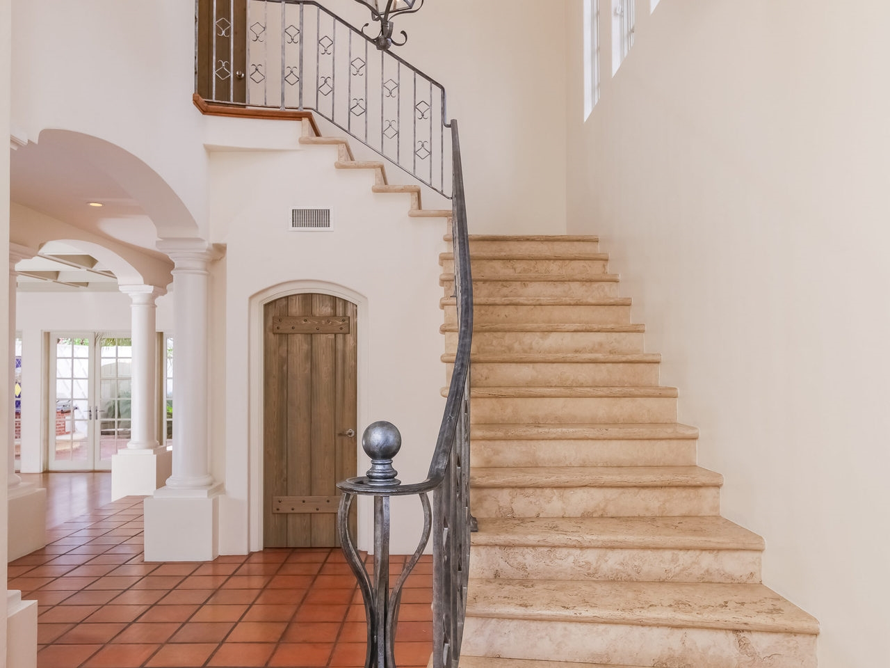 Detached, Mediterranean/Spanish - Coronado, CA (photo 5)