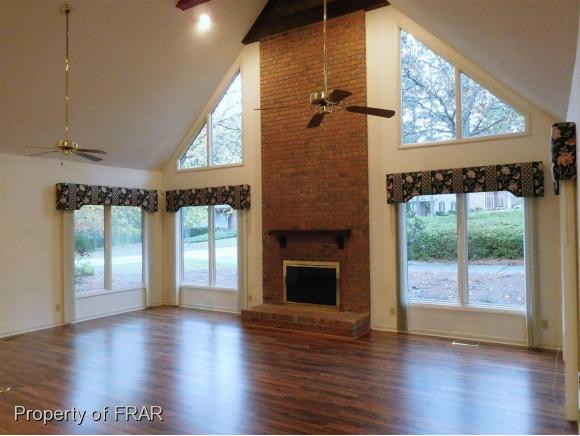 Residential, One and One Half - FAYETTEVILLE, NC (photo 4)