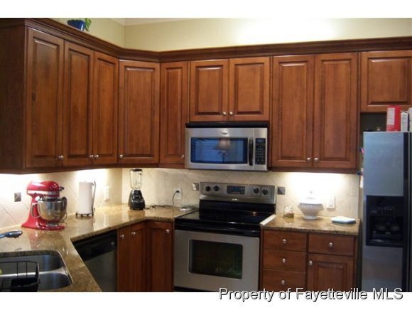 Residential, Condo - FAYETTEVILLE, NC (photo 4)