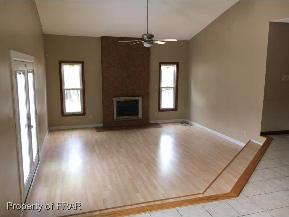 Residential, Ranch - FAYETTEVILLE, NC (photo 5)