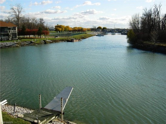 8848 W Canada Goose Ct, Oak Harbor, OH - USA (photo 3)