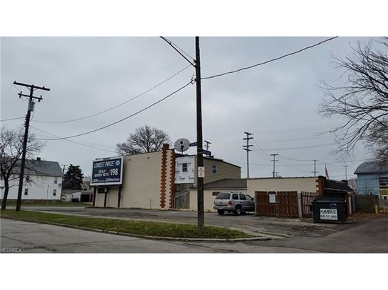 13501 Lakewood Heights Blvd, Cleveland, OH - USA (photo 5)