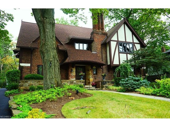 2939 Montgomery Rd, Shaker Heights, OH - USA (photo 1)