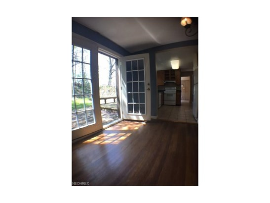 3646 Meadowbrook Blvd, University Heights, OH - USA (photo 5)
