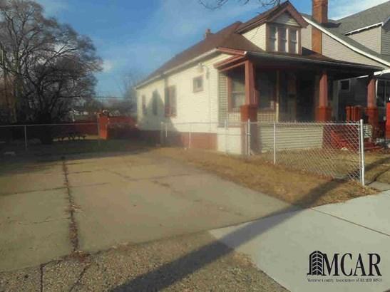 5185 Saint Clair, Detroit, MI - USA (photo 3)