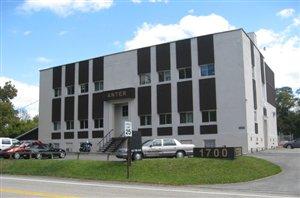 1700 Universal Rd, Penn Hills, PA - USA (photo 1)