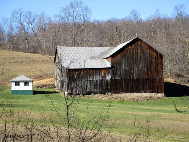 2405 Piney Creek Road, Clearville, PA - USA (photo 3)