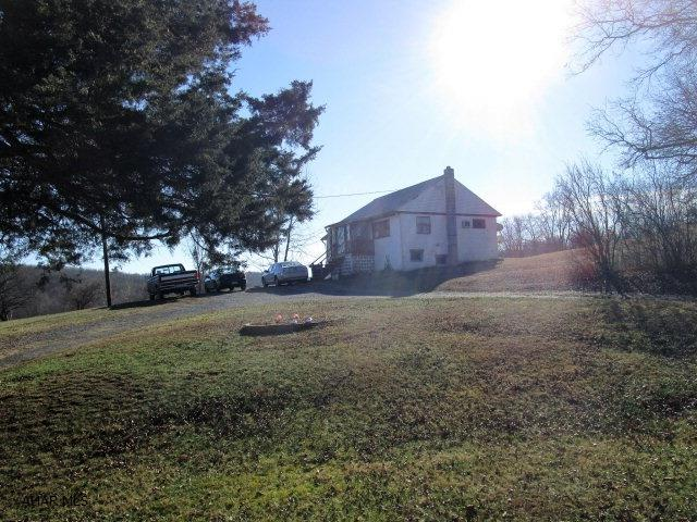 2405 Piney Creek Road, Clearville, PA - USA (photo 5)