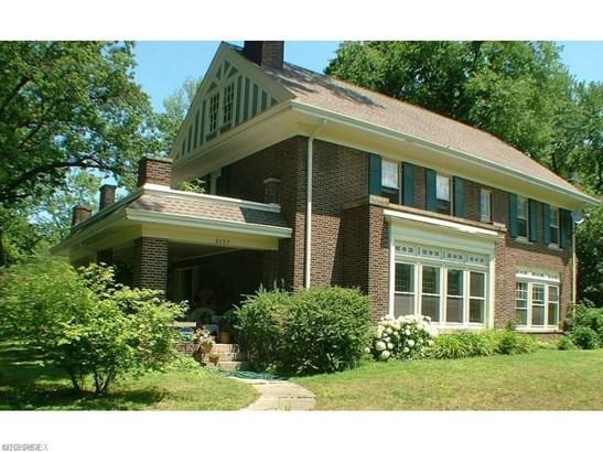 3137 Fairmount Blvd, Cleveland Heights, OH - USA (photo 1)