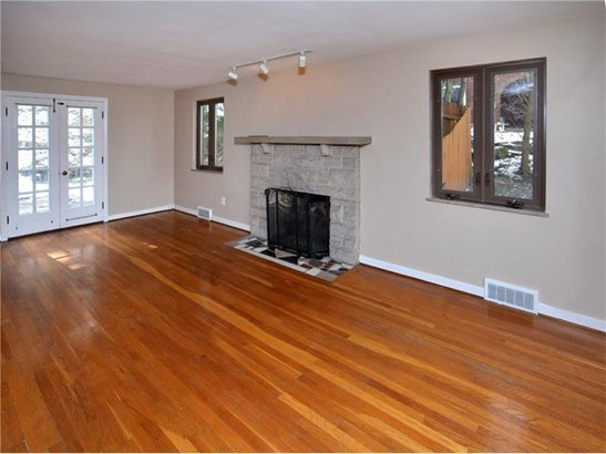 638 Cascade Road, Forest Hills, PA - USA (photo 2)