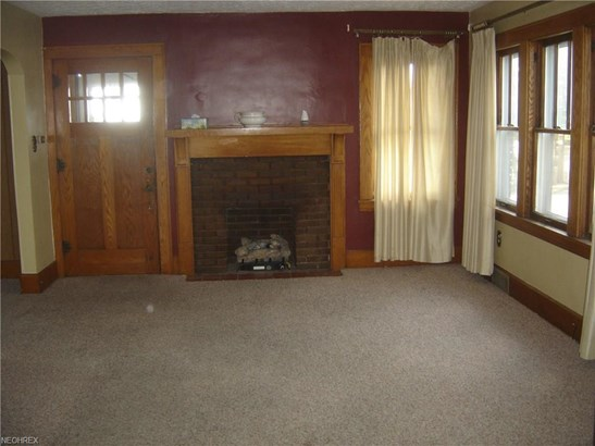 2047 Verde Ave, Akron, OH - USA (photo 3)