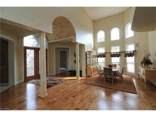 4551 Hunting Valley Ln, Brecksville, OH - USA (photo 4)