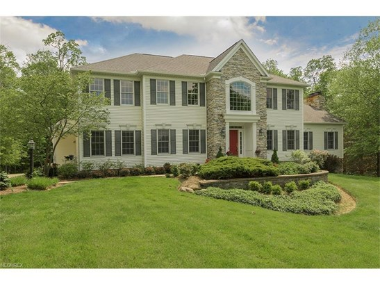 8265 Woodberry Blvd, Chagrin Falls, OH - USA (photo 1)