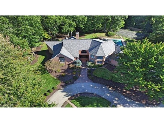 5801 Rosecliff Dr, Lorain, OH - USA (photo 4)