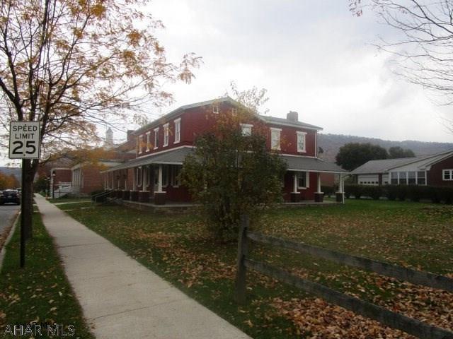 306 E John Street, Bedford, PA - USA (photo 2)