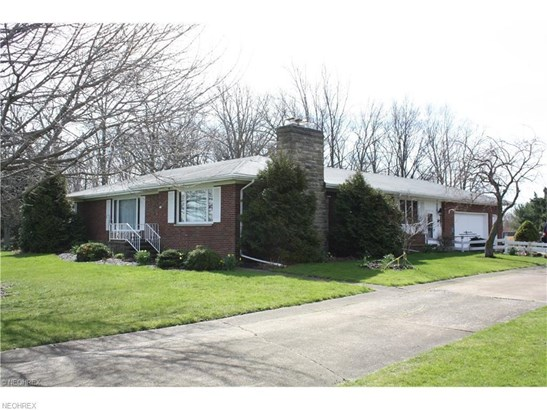 320 Scheid Rd, Sandusky, OH - USA (photo 2)
