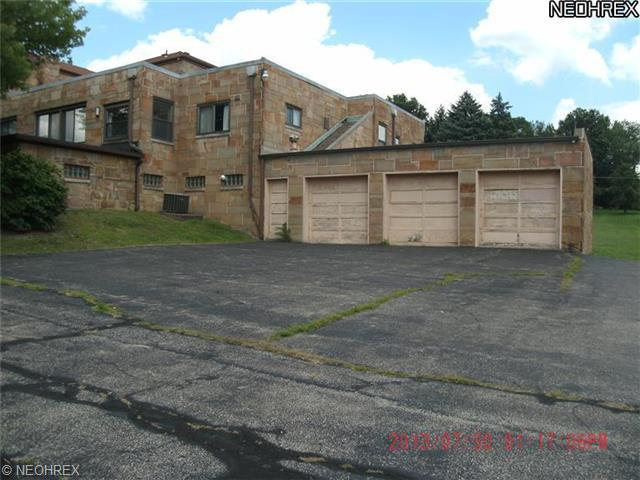124 Keystone Ave, Campbell, OH - USA (photo 4)