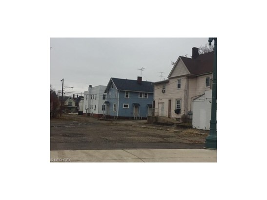 816 12th Nw St, Canton, OH - USA (photo 1)