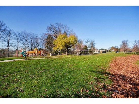 3008 Boardwalk/lot 105, Glenshaw, PA - USA (photo 4)