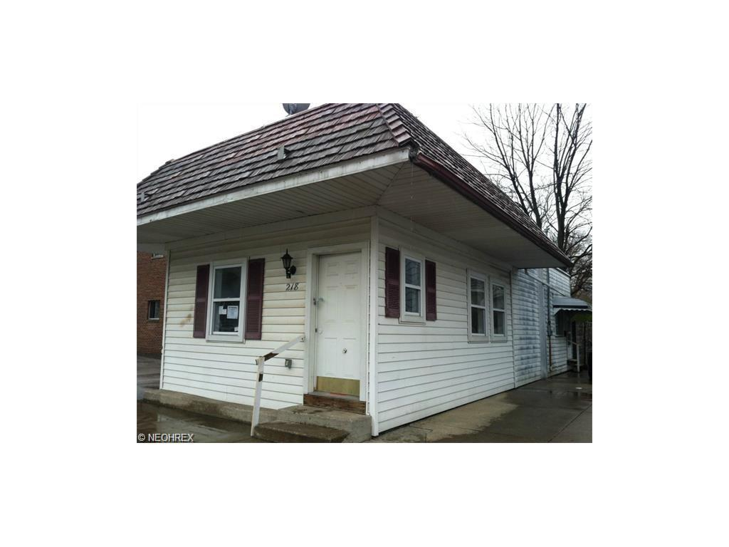 224-228 S Saint Clair St, Painesville, OH - USA (photo 5)