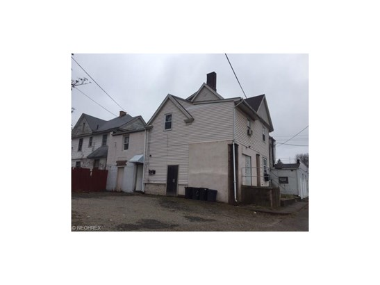 824 12th Nw St, Canton, OH - USA (photo 2)