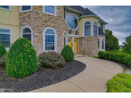 4211 Wyndemere Circle, Schnecksville, PA - USA (photo 2)