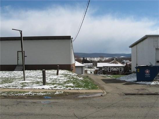 313 S Diamond Street, Mount Pleasant, PA - USA (photo 2)