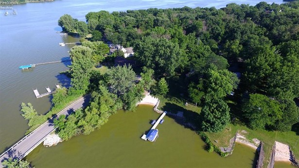 3106 South Memorial Shoreway Drive, Marblehead, OH - USA (photo 2)
