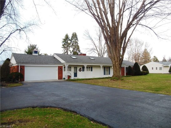 6017 Meadow Wood Dr, Madison, OH - USA (photo 2)