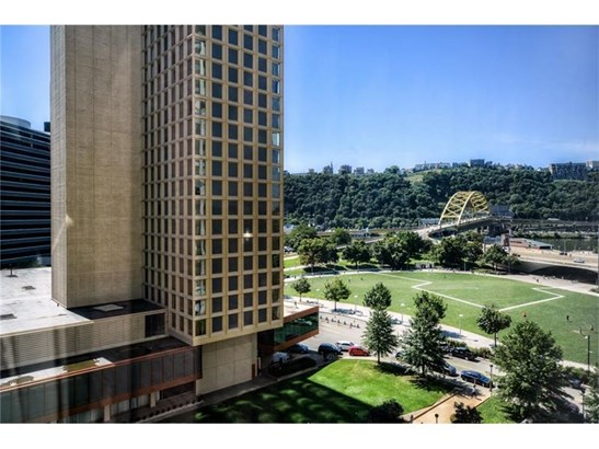 320 Fort Duquesne 9l, Pittsburgh, PA - USA (photo 3)
