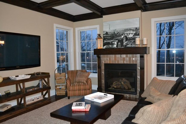 1284 Newbury Highland, Bridgeville, PA - USA (photo 2)