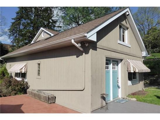 1012 Magnolia, Jeannette, PA - USA (photo 3)