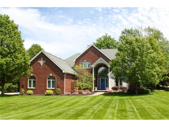 2564 Crane Creek Pky, Brecksville, OH - USA (photo 1)