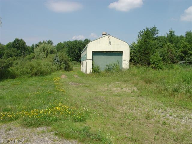 Massillon Rd, North Canton, OH - USA (photo 1)