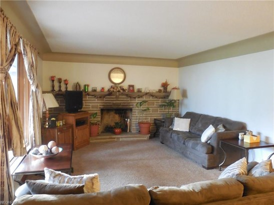 500 Murray Hill Dr, Youngstown, OH - USA (photo 2)