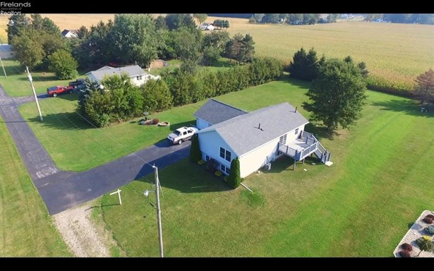 109 Fouke Drive, Clyde, OH - USA (photo 2)