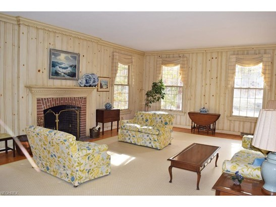 1249 West Hill Dr, Gates Mills, OH - USA (photo 2)