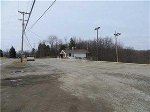 6214 Tuscarawas Rd., Industry, PA - USA (photo 3)