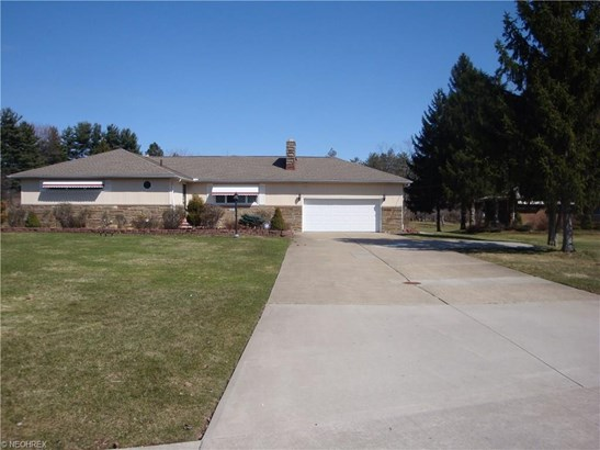 5829 Sunset Dr, Bedford Heights, OH - USA (photo 1)